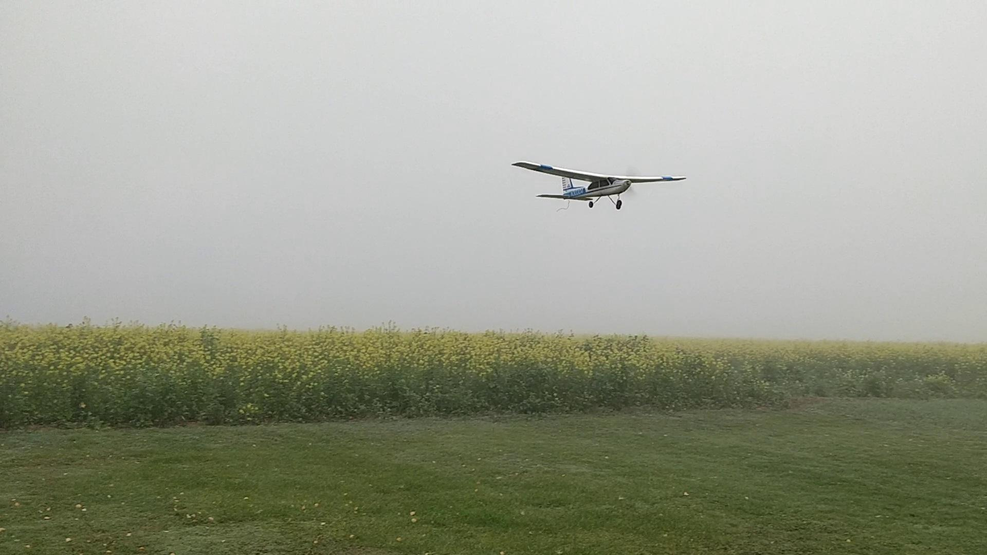 Modellflug im Nebel